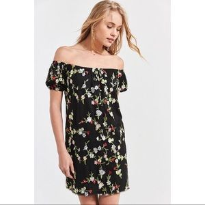 Urban outfitters dress Large floral black off shou